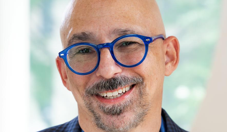 Photo of Steve Rosenbaum. (Photo credit: Jordan Hollender)