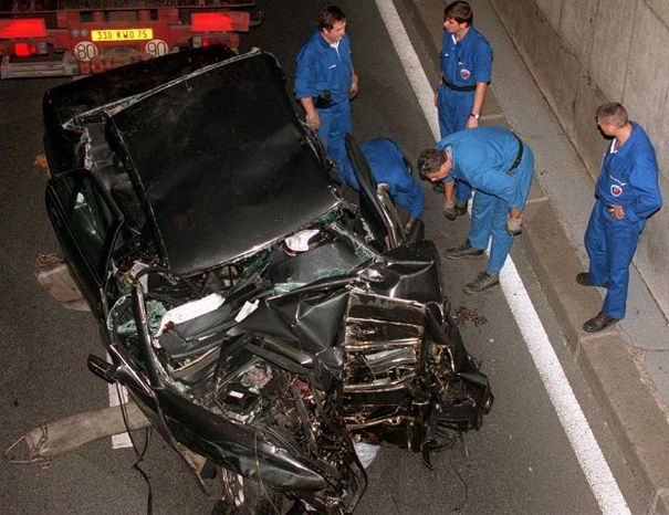 Photographers were following the car carrying Princess Diana when it crashed in a Paris tunnel in 1997.